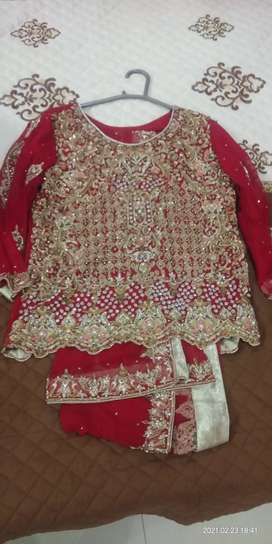 A lavish lehnga with superior quality handwork is available for sale