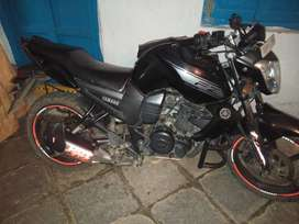 Yamaha 2016 model with good condition black colour