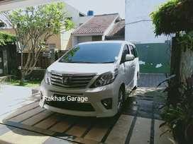 Toyota Alphard 2.4 2012