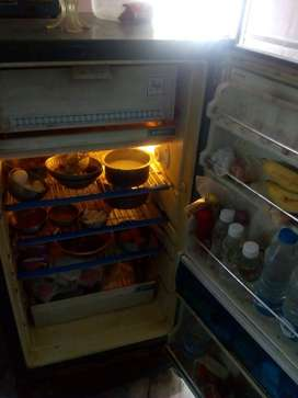 0ld fridge with gold compressor  for sale