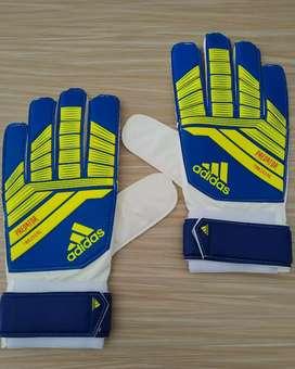 Sarung Tangan Sepak Bola Adidas