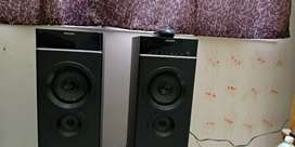 Philips Tower speakers for immediate sale