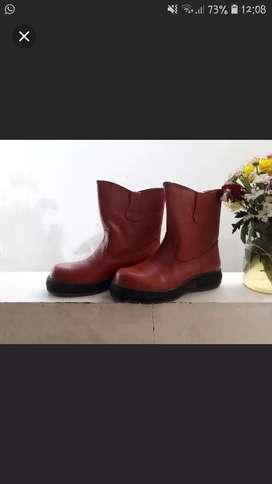 Safety boots  merk matsuya /sepatu keamanan proyek
