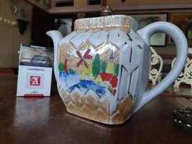Teko keramik motif rumah belanada langka antik lawas tutup kuningan