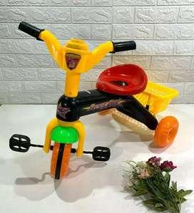Sepeda anak roda tiga ada musik