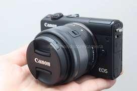 Mint Condition Canon EOS M100 15-45mm Fullset BOX