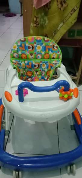 Baby walker baru