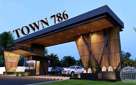 Town 786