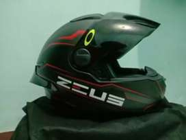 Helm full face Zeus 811