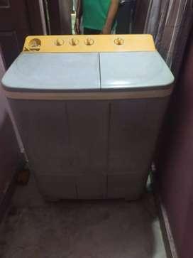 Videocon 6.5 kg semi automatic washing machine very good condition