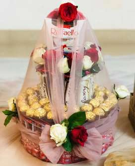 Gift Hampers & Cakes