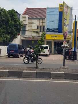 Disewakan Ruko Dua Lantai Pinggir Jalan Utama Cirebon