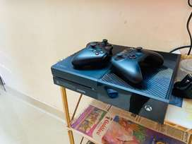 Xbox one almost new