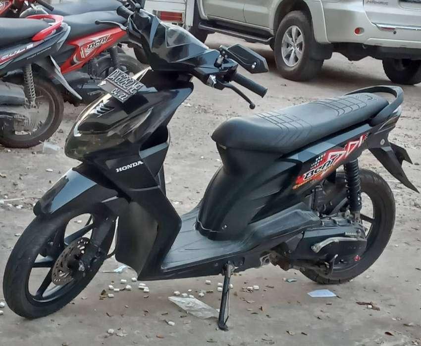 Honda karbu tahun beat 2012 0