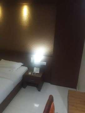 2 bhk branded semi furnishd flat near thondayad