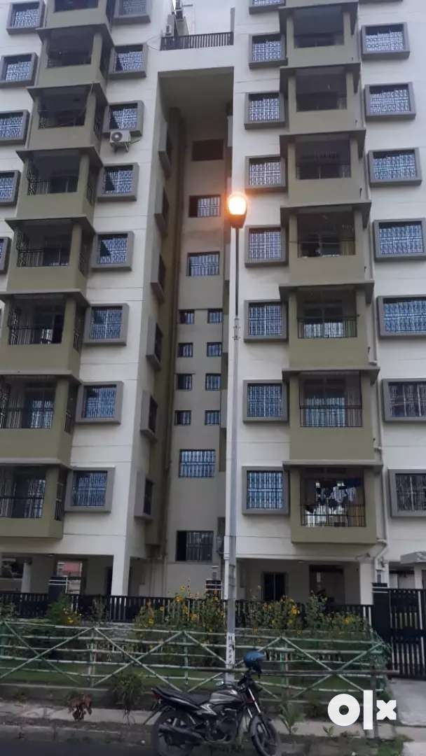 Newtown welcomes you with 3 bhk rental flat at Action area 1 0