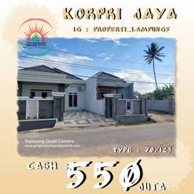 Rumah Mewah, Elegan Di Pinggir Jalan Utama Di Korpri Jaya