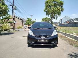 Spesial Promo ! Honda Jazz Rs Automatic 2012 Black Antiq