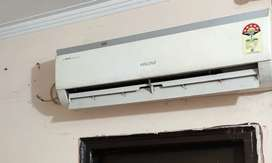 Votas Split AC 1.5 tons (5star) with outlet - Rs. 14500/-