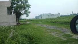 60x60 plot just 4 lac per marla. curo pvr  66 ft