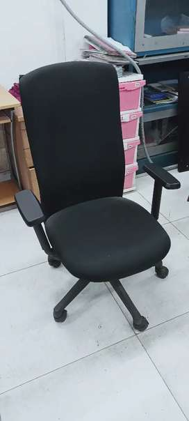 Computer revolving chair for office use