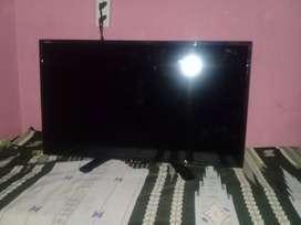 TV LED SHARP 24 INCH