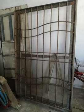 1 iron window 4*6 size
