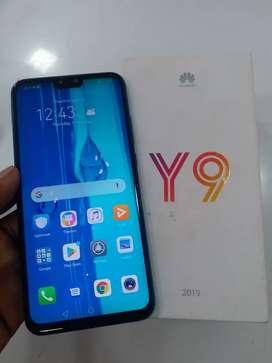 4gb 64gb(Honor) Huawei Y9 (2019) 3.5 month warranty,4000mAh battery.