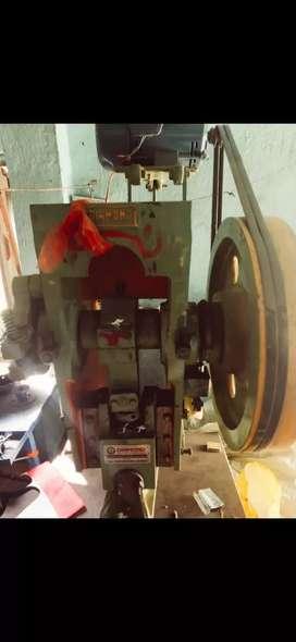 Sleepar manufacturing machine
