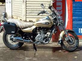 Good condition Goldan color bike bajaj avenger Cruz 220