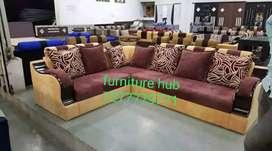 Corner sofa 6 sitter granted of 5 year's