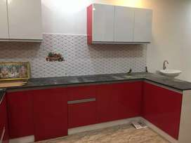 Modular kitchen wit free chimney and steel trays (3nos)