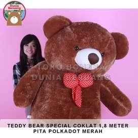 Teddy Bear Coklat Special 1,8 Meter Pita Polkadot Merah
