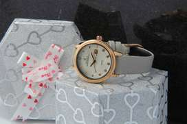 Ladies watches 2020 available for sale
