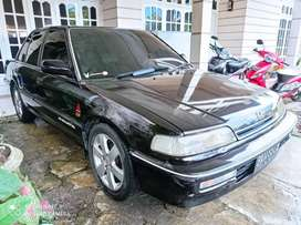 HONDA GRAND CIVIC tahun 1990 (M/T)