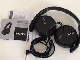 SONY Original Black & White Headphones with Beast sound Just Rs.250/-