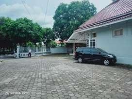 Disewakan rumah heritage murah lokasi premium tengah Kota, lahan luas