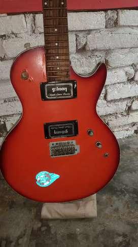 Jual gitar rusak