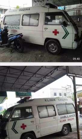 Mitsubishi L300 Ambulance