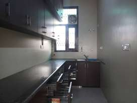 FURNISHED APARTMENT IN NOIDA SECTOR 19