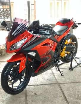 Kawasaki Ninja 250 Fi Seri Tertinggi ABS SE pajak hidup