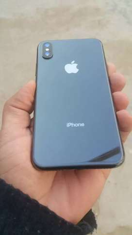 iPhone x 64 gb bilkul lush condition outclass battery timing ky sath