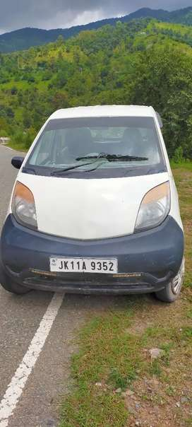 Tata nano CX Oct 2014 model running 30000
