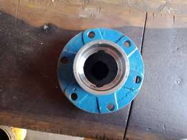 e.g. Front wheel steel Hub Ford tractor Size 6207bearing