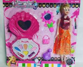 Boneka barbie dan make up