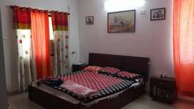 Beautiful 3 bhk fully furnished with parking  in jairam nagar.