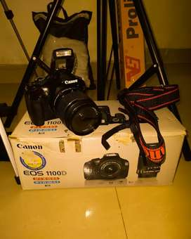 Cannon 1100D DSLR camera with 18-55 Lens