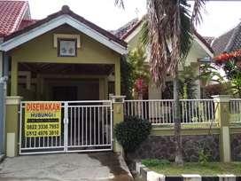 Disewakan rumah asri, adem & nyaman daerah Malang 35jt/thn, 65jt/2thn