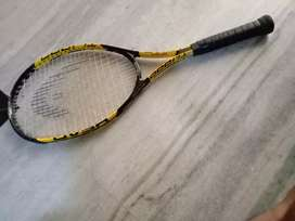 Head long tennis racket