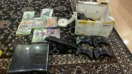 Xbox 360 Slim Jtag with Kinect and 4 controllers
